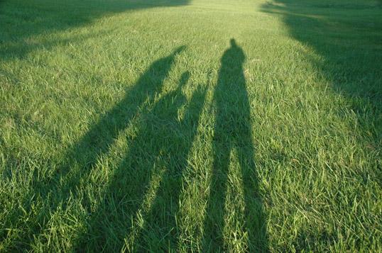Fall family shadow